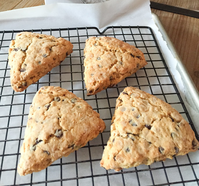 Easy Chocolate Chip Scones