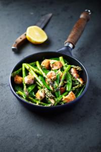 Stirfried asparagus