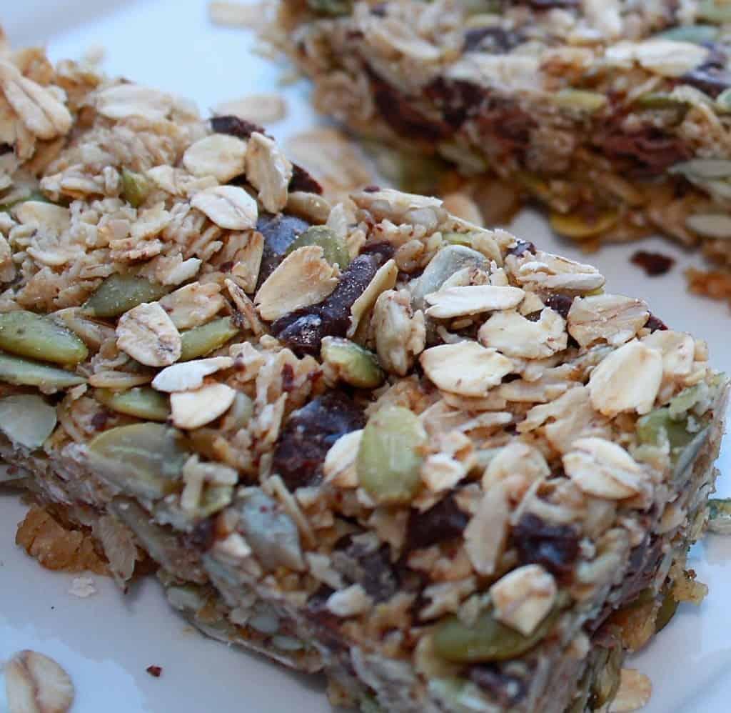 Oat, Seed & Chocolate Granola Bars